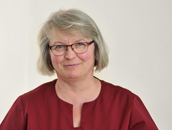Dr Roloff Schwaan